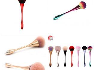 Makeup powder single goblet brush.